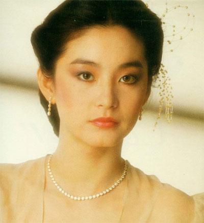 全球电影圈公认的四大美人,赫本第一,中国一人入榜,你猜是谁?
