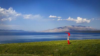 """赛里木湖,一个被誉为""""大西洋最后一滴眼泪""""的地方"""